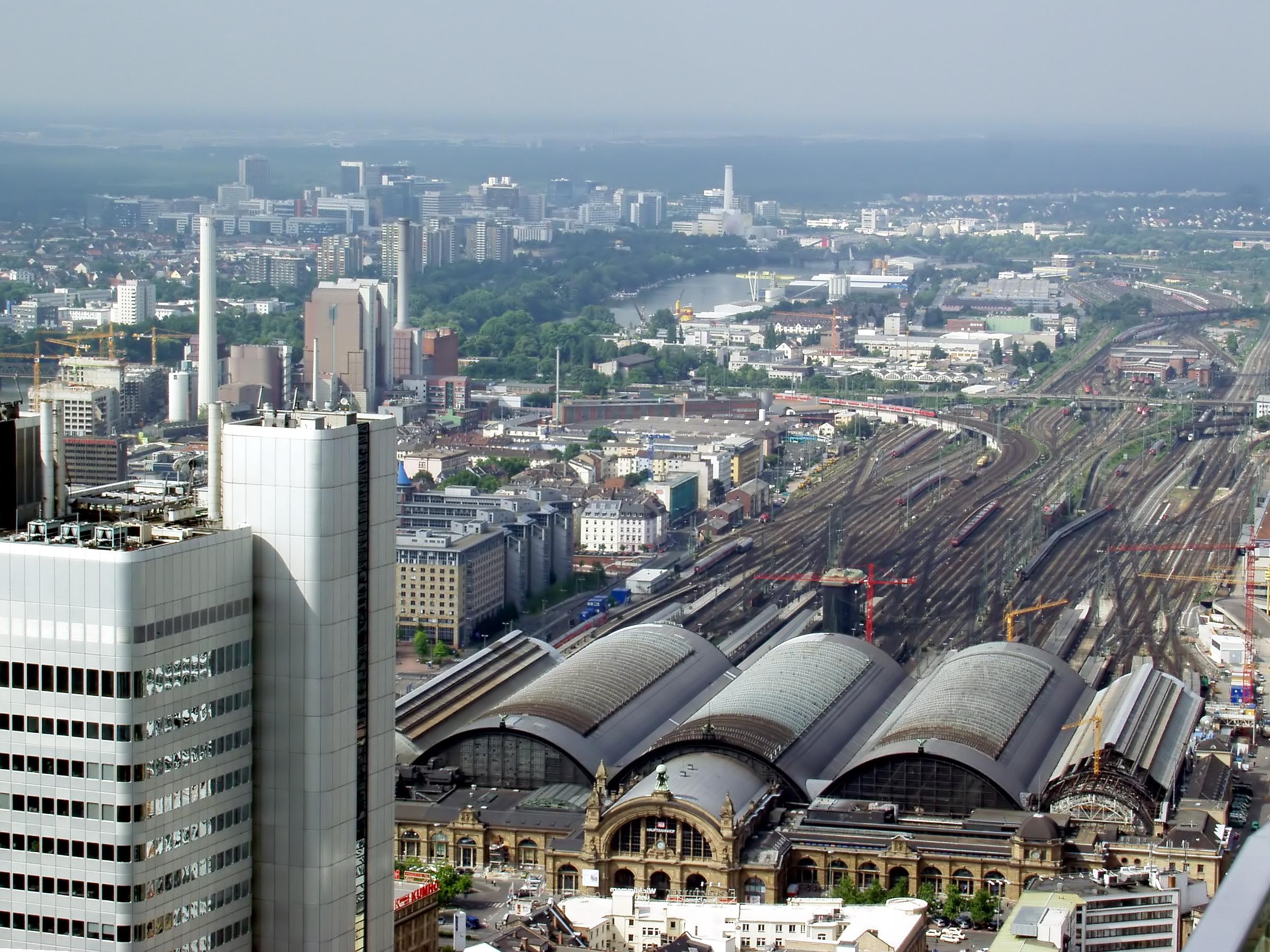 Frankfurt am Main Hauptbahnhof von oben
